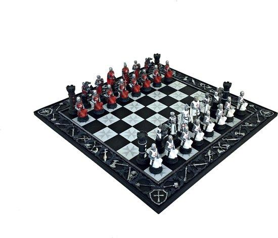 Luxe schaakset - Handbeschilderde Kruisvaarders schaakstukken + bijpassend schaakbord - 45 x 45 cm
