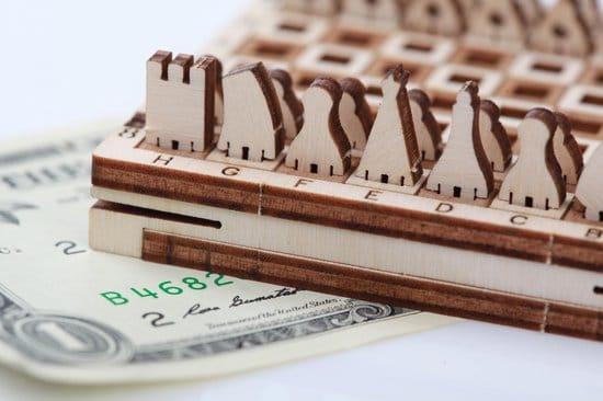 Mr. Playwood Schaken Spel - houten modelbouw- 72x72x18mm